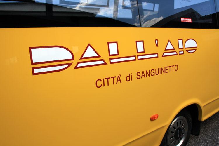 Scuolabus_dallAio_98.jpg